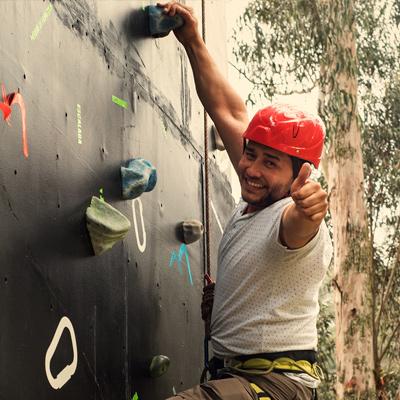 muro-de-escalar-montearroyo-parque-de-aventura-adventure-park-atraccion-naturaleza-eco-turismo-restaurante-campestre-2018-cerca-a-bogota-colombia-alto-del-vino